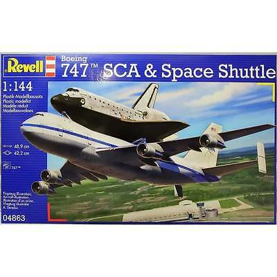 Revell 1:144 Scale Boeing 747 SCA & Space Shuttle Model Aircraft Kit 04863