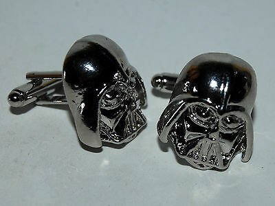 PAREJA DE GEMELOS DARTH VADER PLATEADOS STAR WARS - Darth Vader cufflinks - GIFT