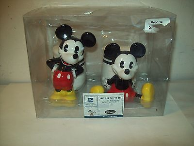 Disney's Mickey Mouse Salt Pepper Shakers By Gibson Pie Eyed Nib #56434.02