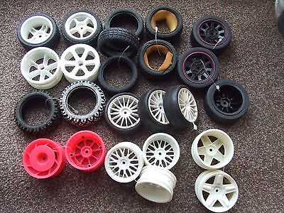 RC Car Mixed Pack of Wheel Hubs and Tyres (BB9)