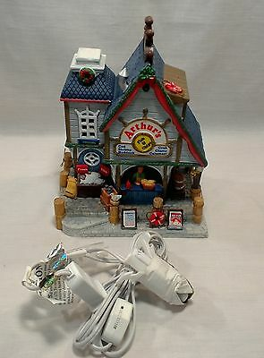 Lemax Village Collection Arthurs Fish and Chips 25423 Lighted Ceramic House 2012