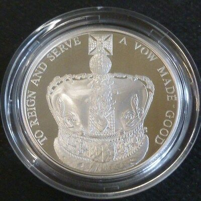 The Queen's Coronation 60th Royal Mint Sterling Silver Proof £5 2013 Coin Boxed
