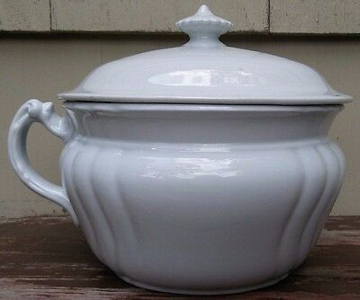 JOHNSON BROTHERS - ANTIQUE WHITE IRONSTONE CHAMBER POT w/ LID - ENGLAND