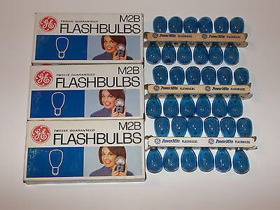 Vintage GE PowerMite M2B Blue Flashbulbs M-2B Flash bulbs