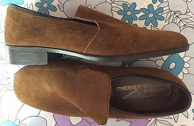 vintage 70s Wing Commanders brown suede leather rubber sole slipon shoes 7 8