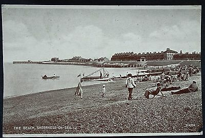 Old Postcard - The Beach, Sheerness-On-Sea, Kent - 1946