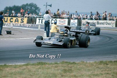 Ronnie Peterson JPS Lotus 72E British Grand Prix 1973 Photograph 6