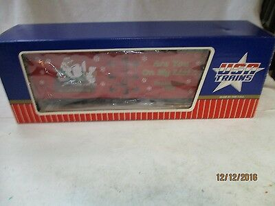 "U.s.a. Trains ""g"" Gauge Christmas Refrigerator Car.  Extremely Nice Car."
