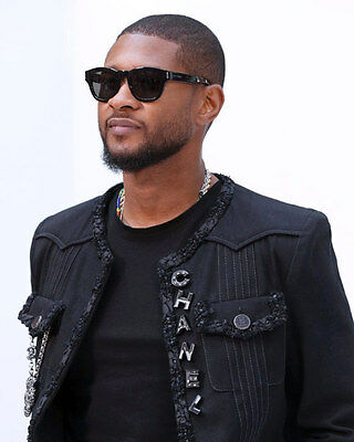 Usher unsigned 8x10 music photo 3