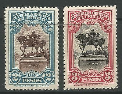URUGUAY. 1928. Artigas Monument High Values. SG: 567/68. Mint Lightly Hinged.