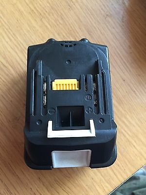 Generic Makita BL 1830 18V Lithium-ion Battery Hold Ful Charger Great Condition