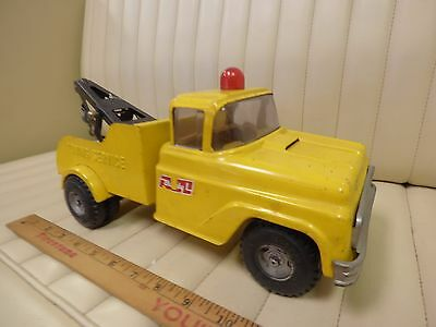 1968 BUDDY L Yellow Auto Wrecker Tow Truck Pressed Steel Toy