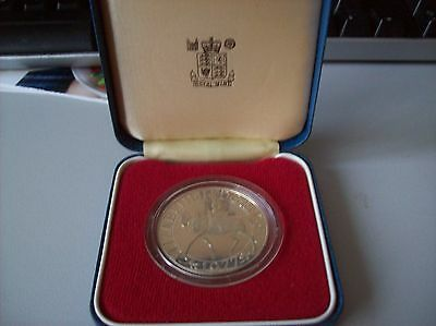 1977 Sterling Silver Proof UK Queen's Silver Jubilee Crown Coin with box