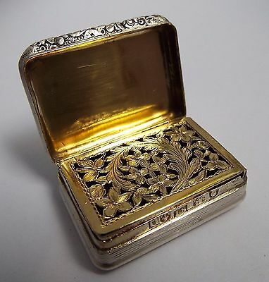 Beautiful Clean English Antique Georgian 1818 Solid Sterling Silver Vinaigrette