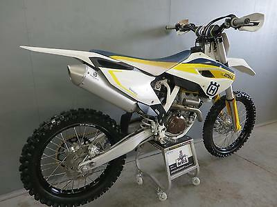 Husqvarna FC 250 2015 with only 6 hours practice from new all origonal MINT 732
