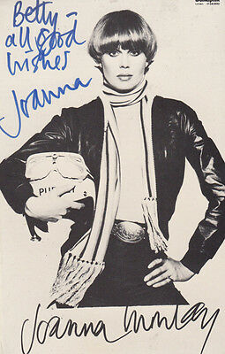 Joanna Lumley as Purdy & Gambit Gareth Hunt The New Avengers Hand Signed Photo s