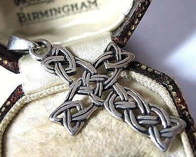 Vintage Jewellery Lovely Solid Sterling SILVER Celtic Cross Necklace PENDANT