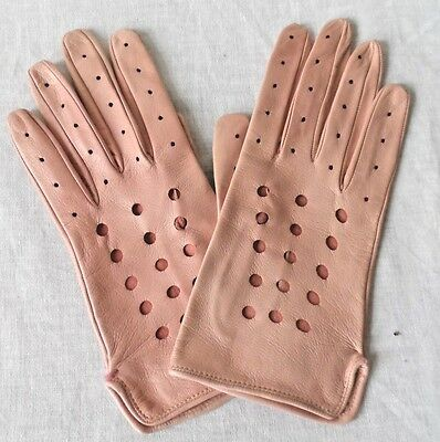 HOLT RENFREW sz 7.5 100% Leather Soft Dusty Pink Perforated Pattern Gloves NEW
