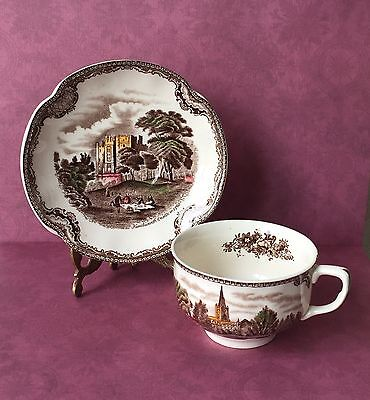 Johnson Brothers, Old Britain Castles, Tea cup and Saucer Set, 1930s Brown