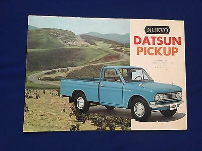 VINTAGE 1970's NEW DATSUN PICK UP 1300 BROCHURE SPANISH TEXT PRINTED IN JAPAN