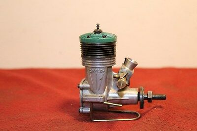 K&b Green Head Torpedo .35  Radio Control R/c Model Airplane Engine 35