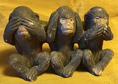 Vtg Hand Crafted Painted / Etched Pottery SEE-HEAR-SPEAK NO EVIL Monkey Figurine