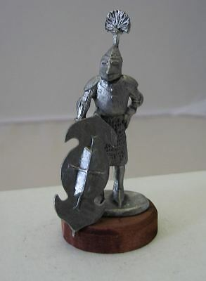 "Pewter Figurine Soldier Medieval knight fantasy with shield 2,55"" 65 mm #EB48"