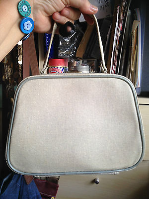 Small Vintage vanity case with contents.