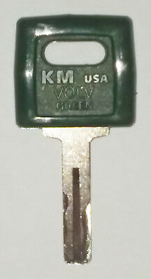11039228 Loader & Truck Key For Volvo