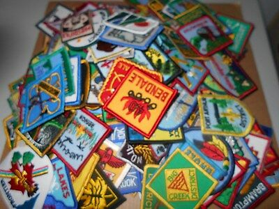 (Yq1-R) Two Hundred Twenty-Five Different Unused Listed Ontario Scout Badges