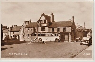 RP Early DOUNE The Cross - shops, houses, vintage cars/coach, Valentine's Series