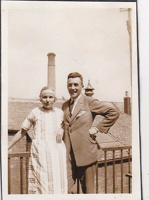 Old Photo Man Suit Woman Glamour Fashion Humour Chimney On Head 1920S Nb2