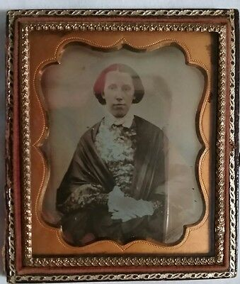 Antique Daguerreotype in Case Young  Woman 1/6th Plate