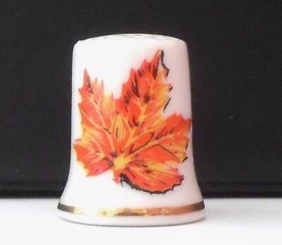 Leaf  Queens  Quay  Toronto   ( Not Bone China )  Thimble