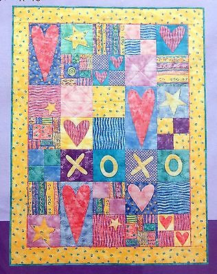 "HUGS & KISSES Applique Pieced Quilt Pattern Patrick Lose  36.5"" X 48.5"" UNCUT"