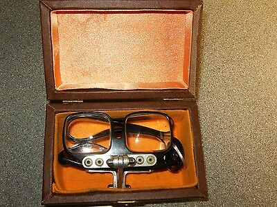 Quality Vintage Pair Of Versator Mk 111 Magnifying Spectacles