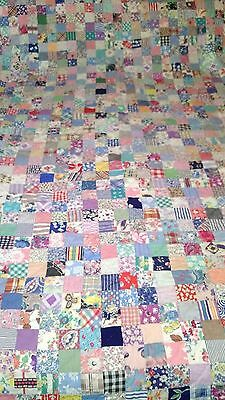 """Vintage Hand Made Quilt 1584 2"""" Pieces Feed Sacks 7 Stitches Per Inch"""