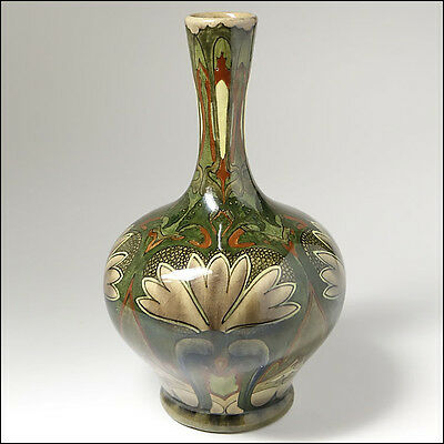 de Distel c1900 Art Nouveau Dutch High Glaze Holland Gouda Pottery Vase
