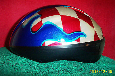 BICYCLE HELMET CSA-Approved; Nylon straps, Pads included Medium Blue Red + #590