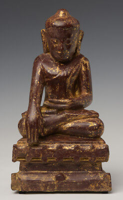 19th Century, Mandalay, Antique Burmese Wooden Seated Lotus Buddha