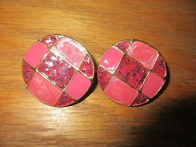 "Vintage Pink Mauve Burgundy Goldtone Round Clip On Earrings 1 1/2"" Diam GUC"