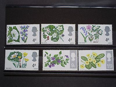 Gb Stamps Set Of 6 Stamps Flowers.un Mounted Mint