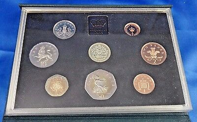 1983 United Kingdom Proof Coin Set Collection Royal Mint COA