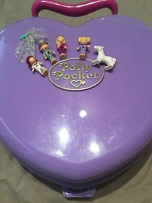 Polly Pocket Pollys Wonderful Wedding Party 1994 With Rare Veil And Figures