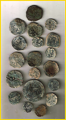 LOT(b)  19 SPANISH  ANCIENT COINS OF DIFERENT TIMES-MEDIEVAL-COLONIAL-etc.