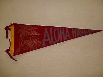 VTG ALOHA HAWAII RED SMALLER PENNANT w/ PALM TREE & JEEP ~ I WAS THERE SOUVENIR