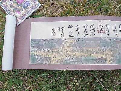 Long Japanese scroll print in original box - scenes and activities by waterside-