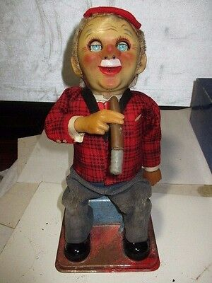 VINTAGE T.N. JAPAN SMOKING McGREGOR BATTERY OPERATED TOY NR