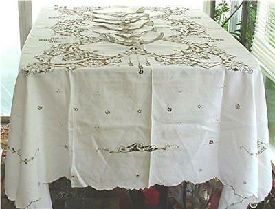 """VTG LINEN TABLECLOTH/6 NAPKINS MADEIRA STYLE FLORAL CUTWORK EMBROIDERY 71"""" x 81"""""""