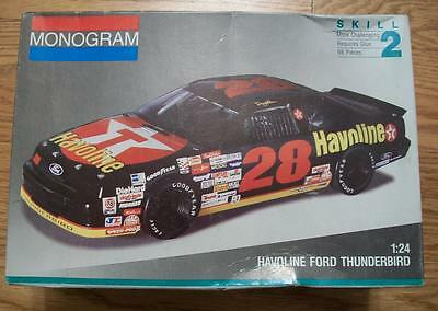 1991 1:24 PLASTIC MODEL KIT of HAVOLINE FORD THUNDERBIRD from MONOGRAM